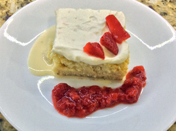 Tres Leches Cream Strawberry Sauce