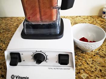 Vitamix Smoothie Bowl Coconut Raspberry